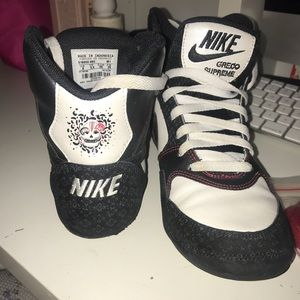 Nike day of the dead Greco (8) used